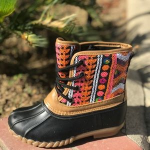 **NEW SIZES**GIRLS MULTI COLOR SEQUIN DUCK BOOTS